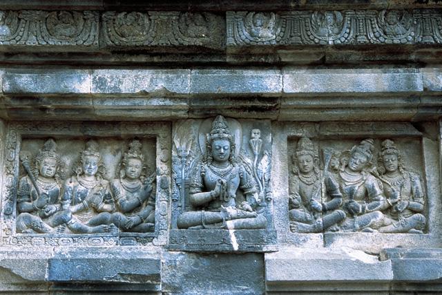 プランバナン寺院群の画像 p1_37